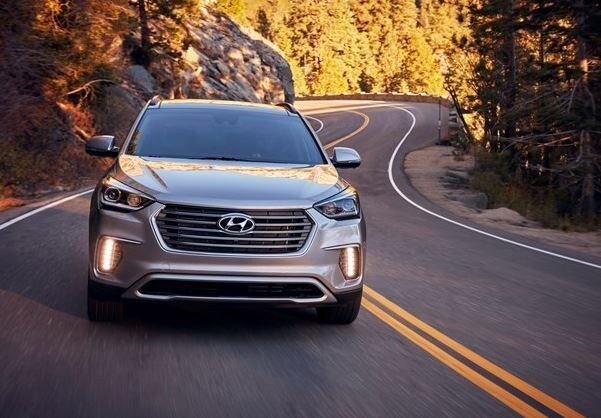 2018 hyundai santa fe adds new value package to lineup