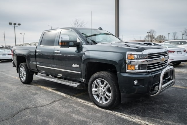 2017 Chevrolet Silverado 2500HD High Country Truck Crew Cab