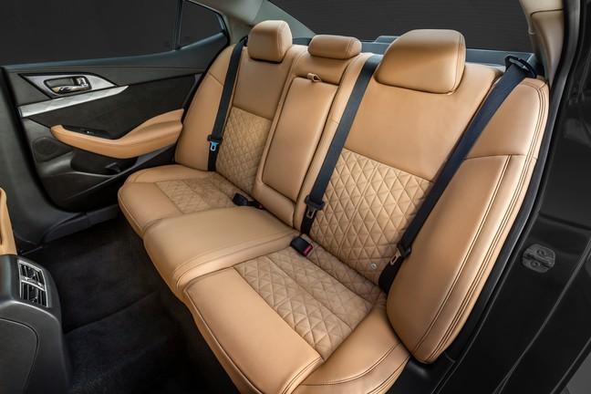 2016 Maxima Interior >> Wardsauto Loves The 2016 Maxima S Brilliant Interior