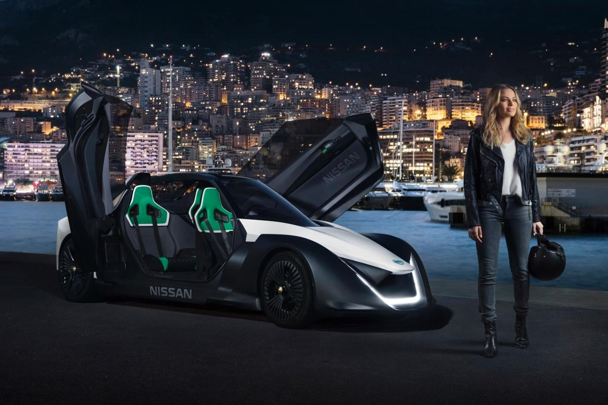 Margot Robbie and Nissan Bladeglider