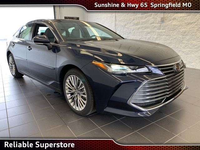 2016 Avalon Review & Compare | Avalon Prices Features