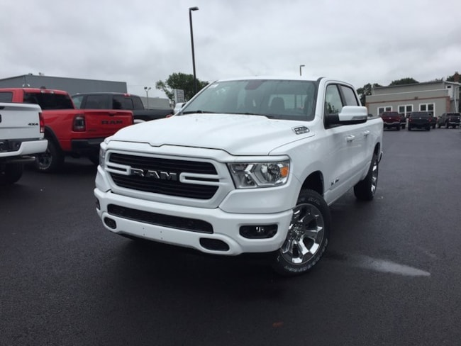 New 2019 Ram 1500 BIG HORN CREW CAB 4x4 5'7 Box Crew Cab in Slatington