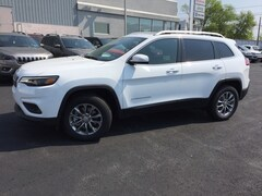 New 2019 Jeep Cherokee LATITUDE PLUS 4X4 Sport Utility in Slatington