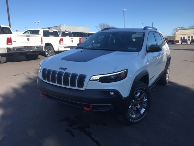 New 2019 Jeep Cherokee TRAILHAWK 4X4 Sport Utility in Slatington