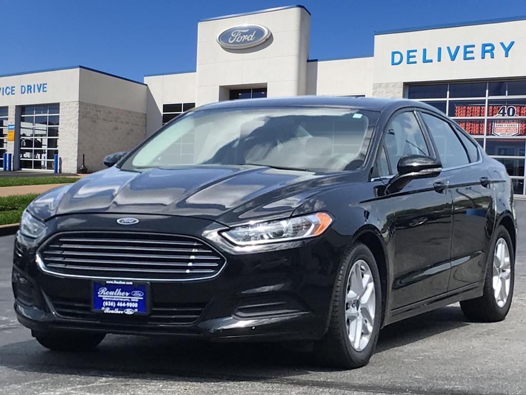 2016 Ford Fusion 4DR SDN SE FWD SE  Sedan