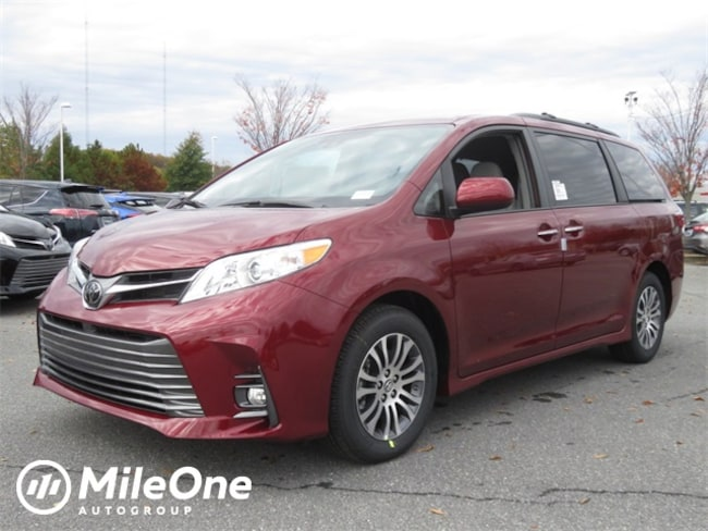 New 2019 Toyota Sienna XLE 8 Passenger Van in Baltimore
