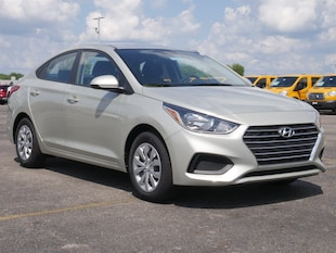 2019 Hyundai Accent SE Car