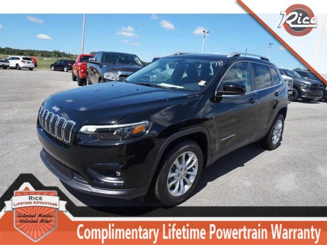 New 2019 Jeep Cherokee LATITUDE FWD Sport Utility For Sale Alcoa TN