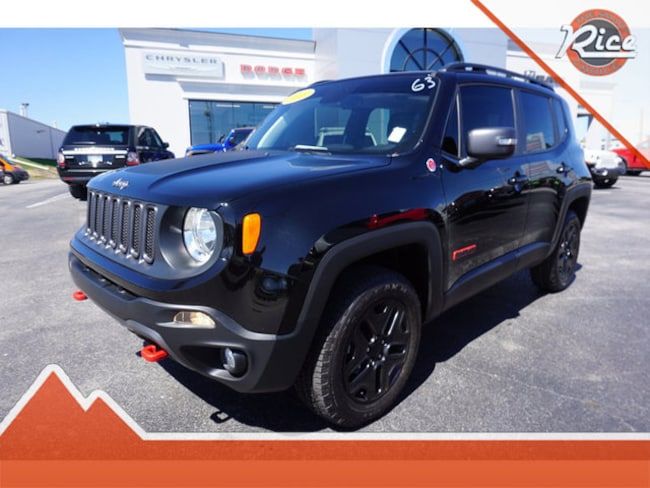 Used 2018 Jeep Renegade Trailhawk 4x4 SUV Near Knoxville