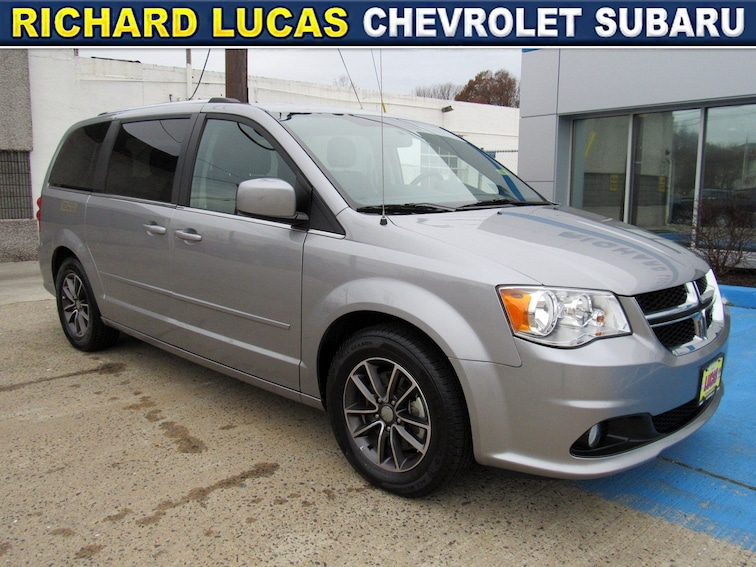 Used 2017 Dodge Grand Caravan SXT Van in Avenel