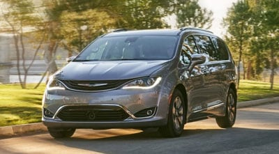 2019 Chrysler Pacifica Front Grille