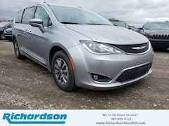 Richardson Ford Standish >> New Chrysler Dodge Jeep Ram Vehicles | Dealership in Standish