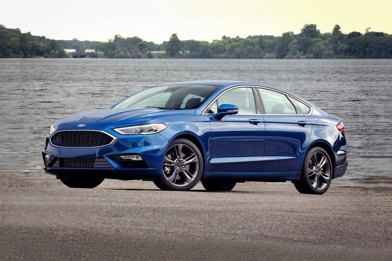 2018 Ford Fusion in Lightning Blue