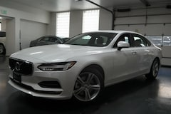 New 2018 Volvo S90 T5 AWD Momentum Sedan LVY102MK2JP052016 for Sale in Denver,CO
