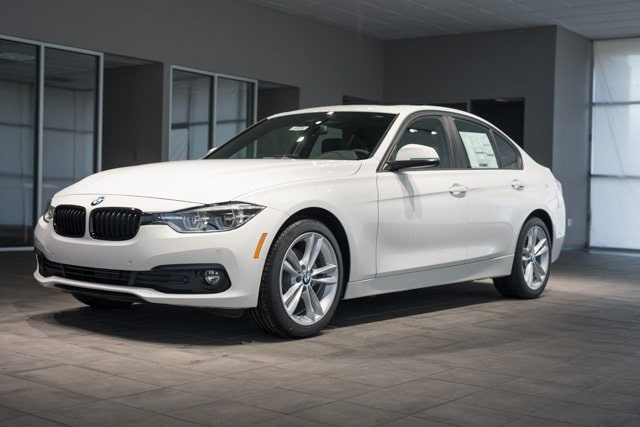 Featured used 2018 BMW 320i 320i xDrive Sedan for sale in Kingsport, TN