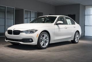 Pre-Owned 2018 BMW 320i Sedan 2439 WBA8E5G50JNV02494 for sale in Kingsport, TN