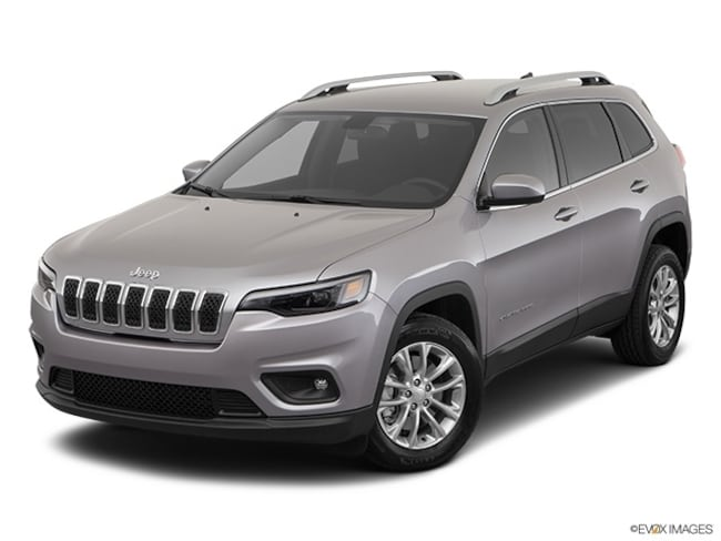 New 2019 Jeep Cherokee LATITUDE FWD Sport Utility for sale in Yulee FL