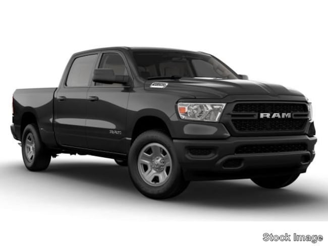 New 2019 Ram 1500 TRADESMAN CREW CAB 4X4 5'7 BOX Crew Cab for sale in Yulee FL