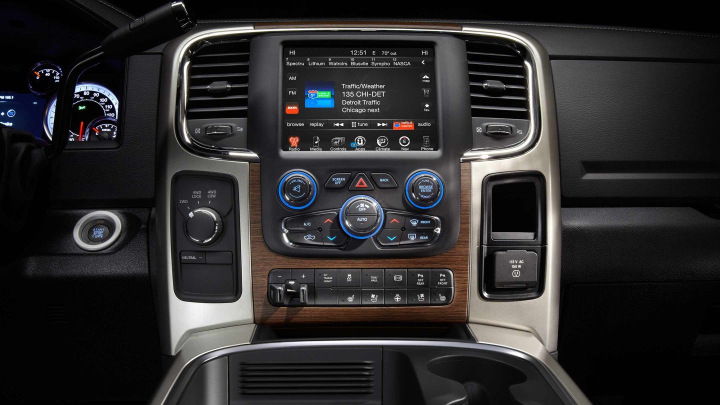 RAM 3500 Uconnect 8.4-inch Radio Infotainment Touchscreen Display