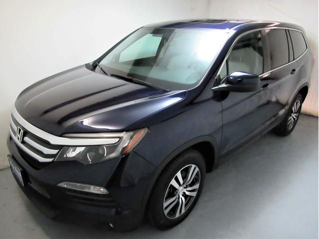 Featured Used 2016 Honda Pilot EX-L AWD SUV for sale in Medina, OH