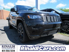 New 2019 Jeep Grand Cherokee ALTITUDE 4X4 Sport Utility for sale in Shenandoah, PA