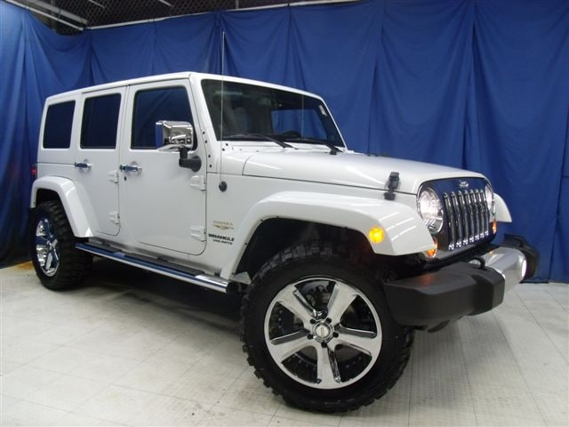 custom white jeep wrangler unlimited by eastchester customs. Black Bedroom Furniture Sets. Home Design Ideas