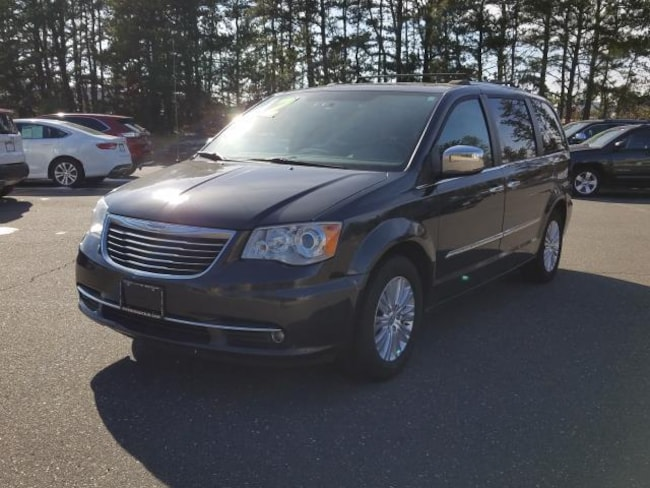 Used Inventory 2012 Chrysler Town & Country Limited Van for sale in Patchogue