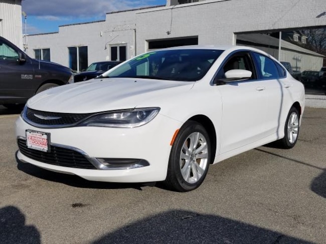 Used Inventory 2015 Chrysler 200 Limited Sedan for sale in Patchogue