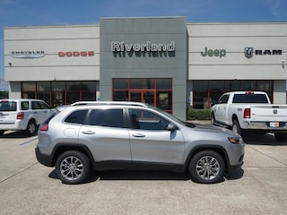 New 2019 Jeep Cherokee LATITUDE PLUS FWD Sport Utility 1C4PJLLB8KD175974 in Laplace, LA