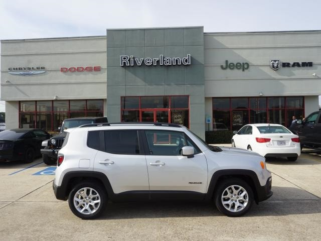 Used 2018 Jeep Renegade Latitude FWD SUV For Sale with Laplace, LA