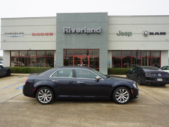 Used 2018 Chrysler 300 Limited Sedan For Sale LaPlace, LA
