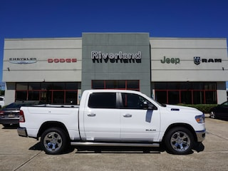New 2019 Ram 1500 BIG HORN / LONE STAR CREW CAB 4X2 5'7 BOX Crew Cab 1C6RREFT2KN826115 in Laplace, LA
