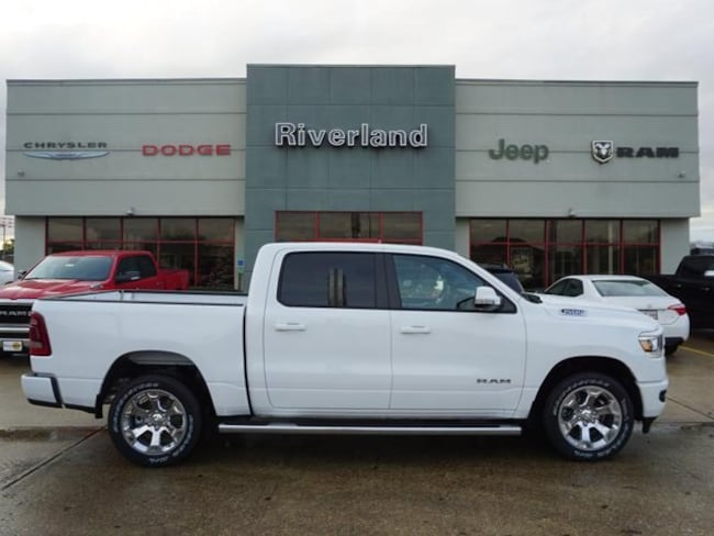 New 2019 Ram 1500 BIG HORN / LONE STAR CREW CAB 4X2 5'7 BOX Crew Cab in Laplace, LA