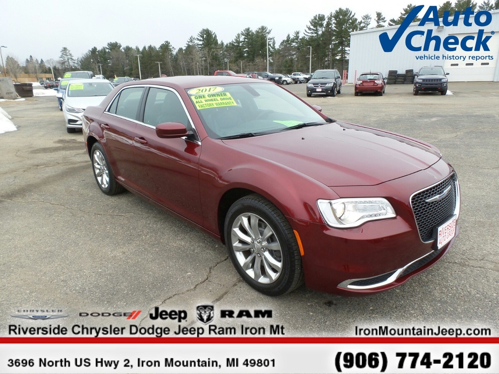 2017 Chrysler 300 Limited Limited AWD