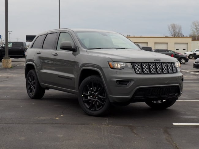New 2019 Jeep Grand Cherokee ALTITUDE 4X4 Sport Utility in Muskogee