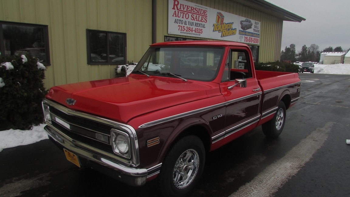 1970 Chevrolet C1500 C-10 Short Box Truck Short Regular Cab