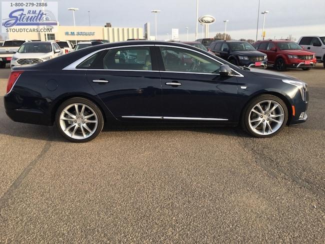 2018 Cadillac XTS Premium Sedan