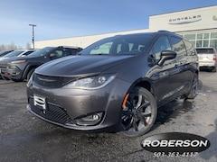 New 2019 Chrysler Pacifica TOURING L PLUS Passenger Van in Salem, OR