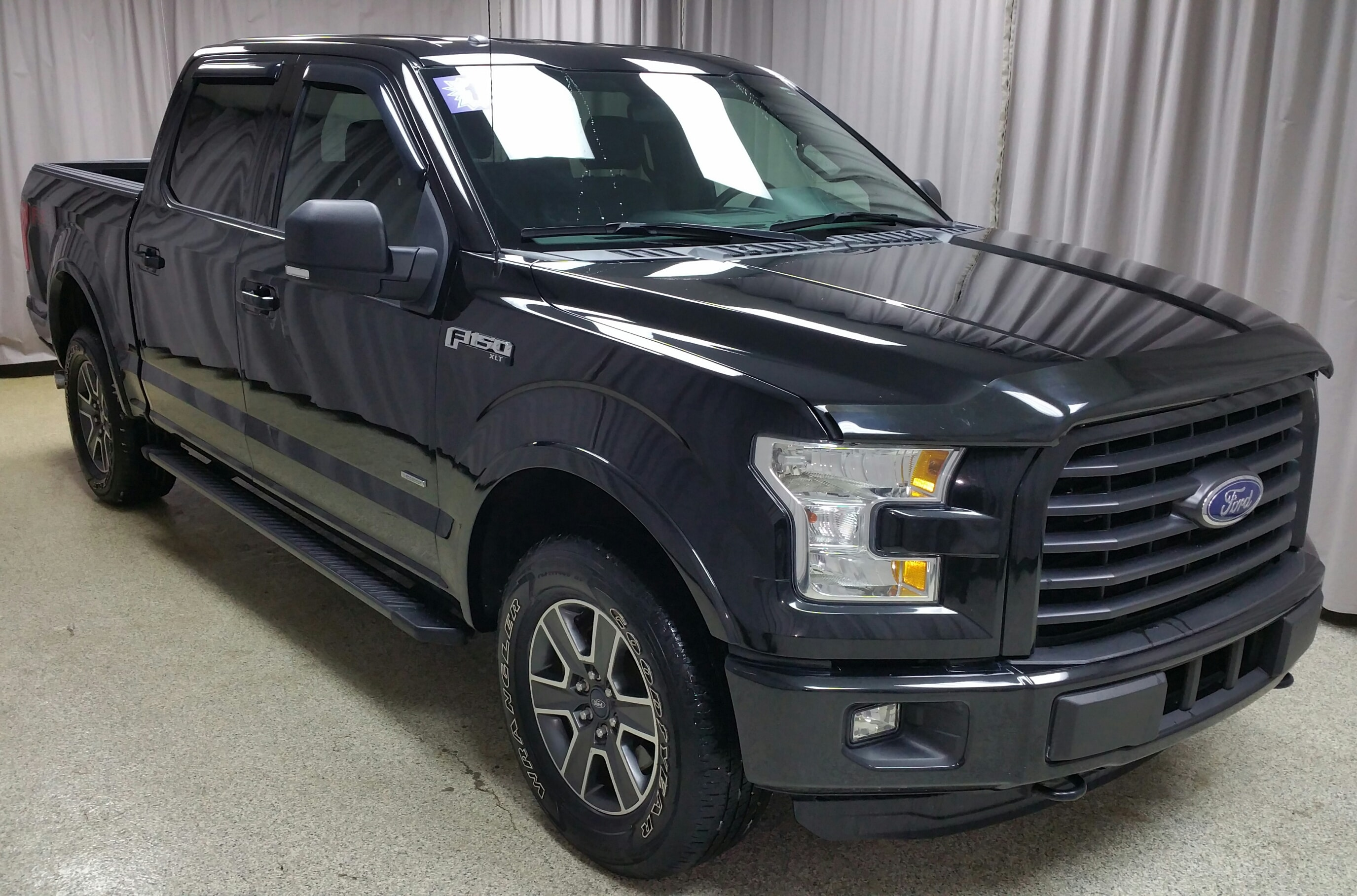 2015 Ford F-150 Supercrew 4WD Truck