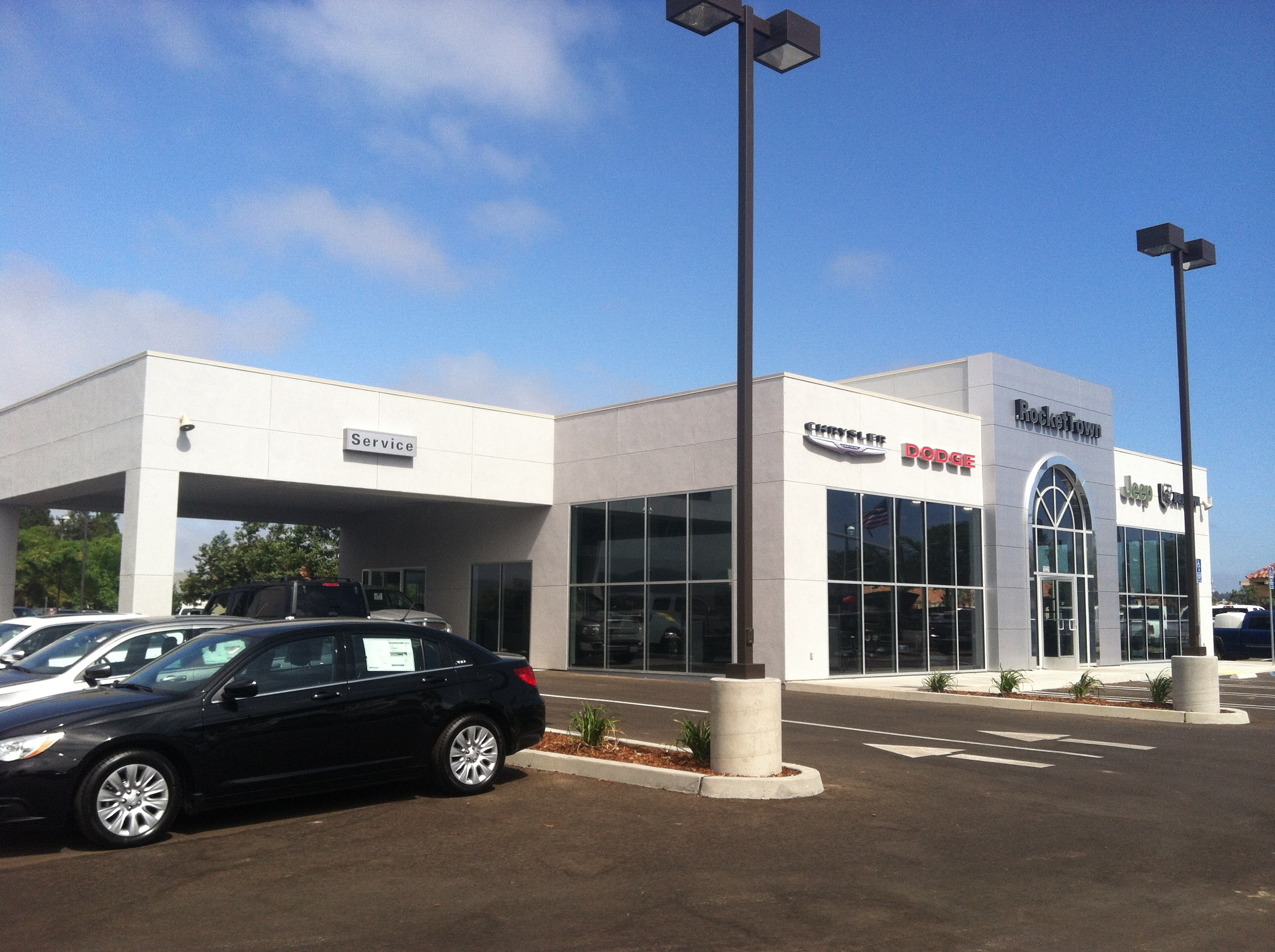 New RocketTown Chrysler Dodge Jeep RAM Facility In Lompoc CA