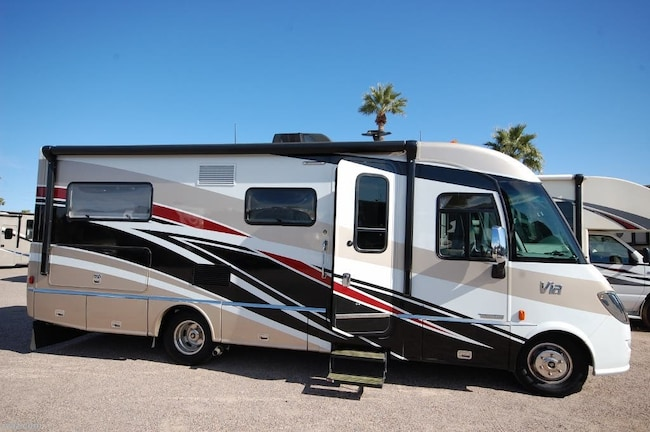 2017 WINNEBAGO VIA 25-T