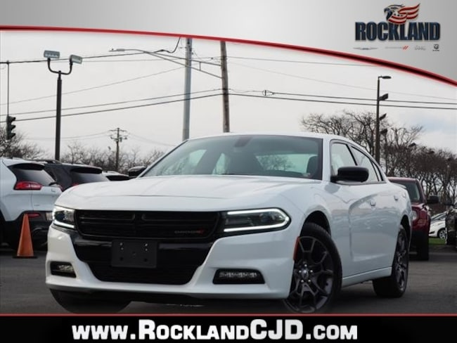 Used 2018 Dodge Charger GT Sedan Near White Plains