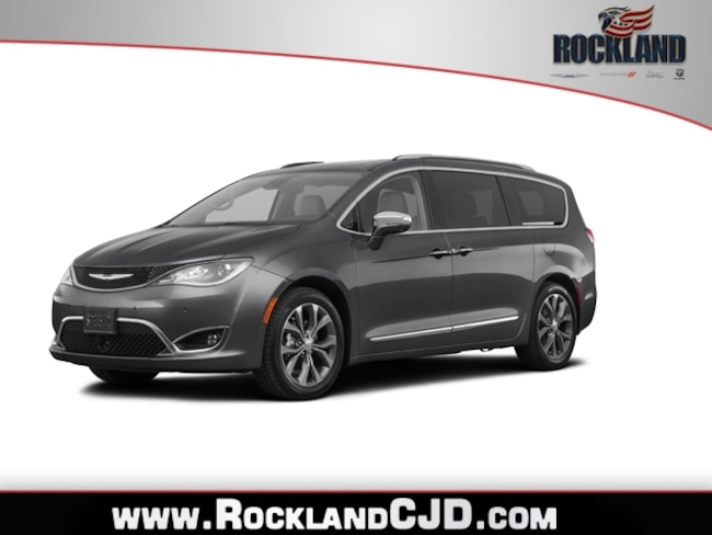 New 2019 Chrysler Pacifica TOURING L Passenger Van Near White Plains