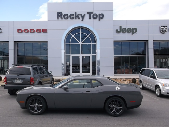 New 2018 Dodge Challenger SXT Coupe Kodak