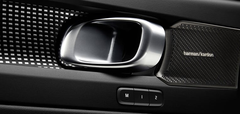 2019 Volvo XC40 Audio
