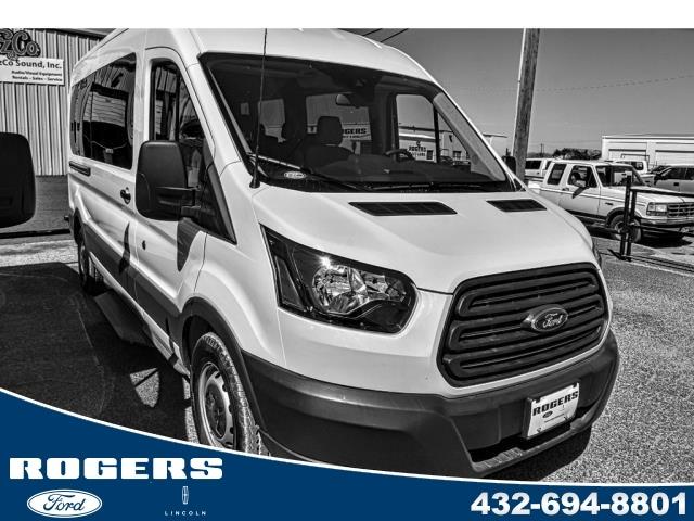 2017 Ford Transit Wagon T-350 148 MED Roof XL Sliding RH DR van