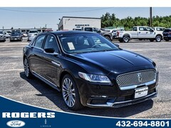 2018 Lincoln Continental Select FWD sedan
