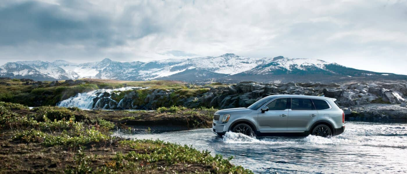 2020 Kia Telluride offroading in the mountains