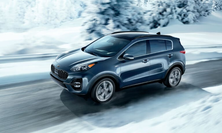 2020 Kia Sportage driving in cold weather