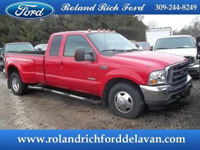 2004 Ford F-350 XLT Extended Cab Long Bed Truck